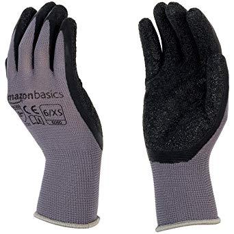 Our Favorite Gardening Gloves